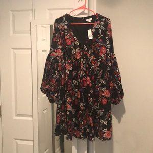 Brand new New York & Company Peasant style dress